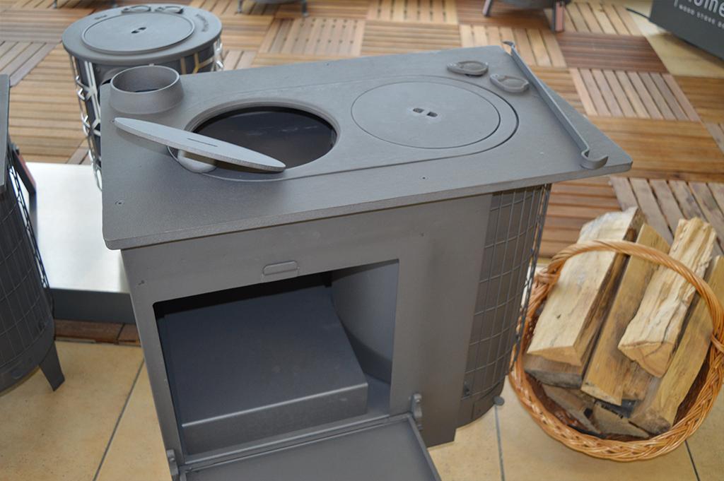 Cuisinières à bois modernes pour votre cuisine  Deom Turbo